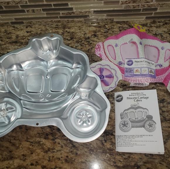 Princess carriage baking pan